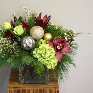 Flower Shop West Kelowna | Passionate Blooms Floral Design | holiday centrepiece